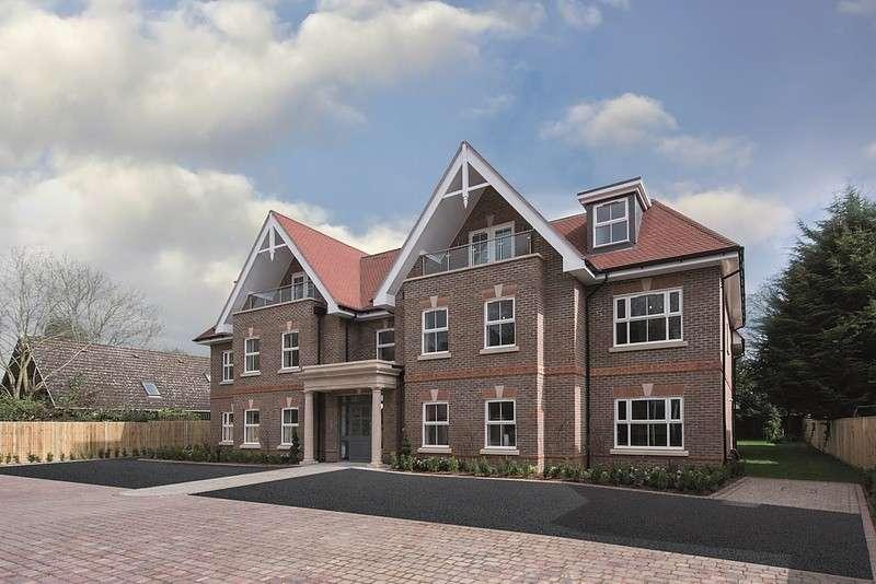 2 Bedrooms Flat for sale in Sandalwood Lodge, 71 Imperial Road, Windsor, SL4