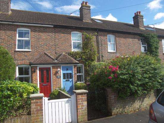 2 Bedrooms Terraced House for sale in Emsworth, Hampshire, .