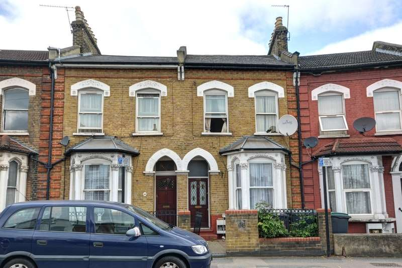 3 Bedrooms Terraced House for sale in Hornsey Park Road, London, Middlesex, N8