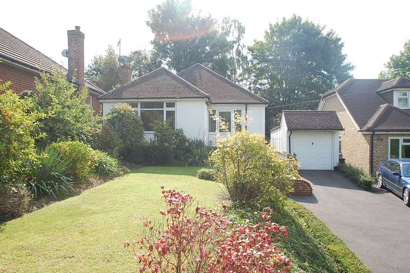 3 Bedrooms Detached Bungalow for sale in Joiners Lane, Chalfont St Peter, SL9