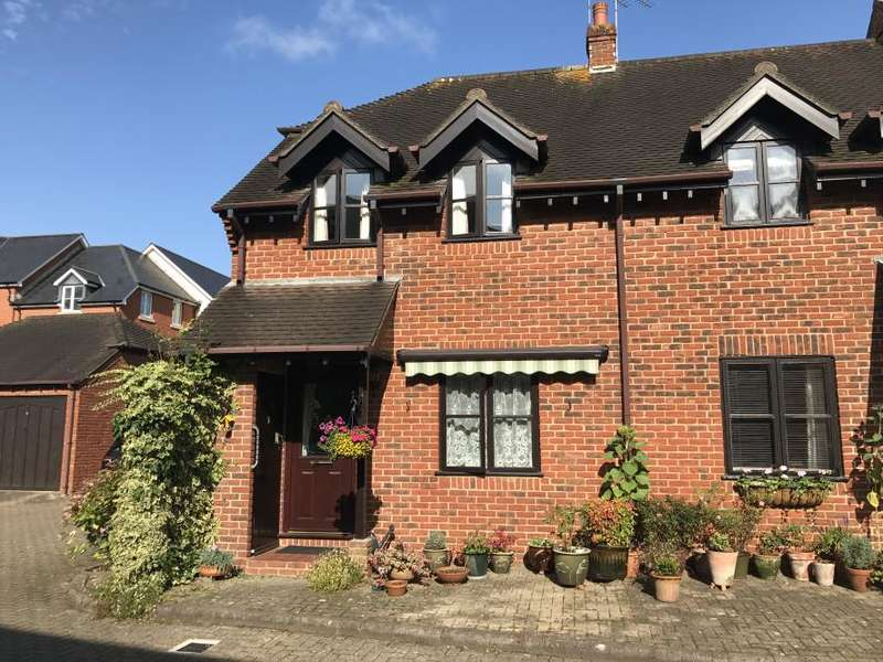 2 Bedrooms Town House for sale in WIMBORNE