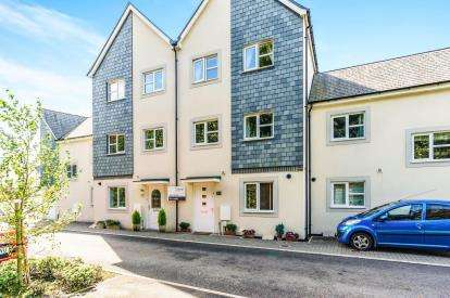 4 Bedrooms Terraced House for sale in Glenholt, Plymouth, England