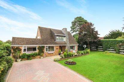 4 Bedrooms Detached House for sale in Llanfair Road, Abergele, Conwy, North Wales, LL22