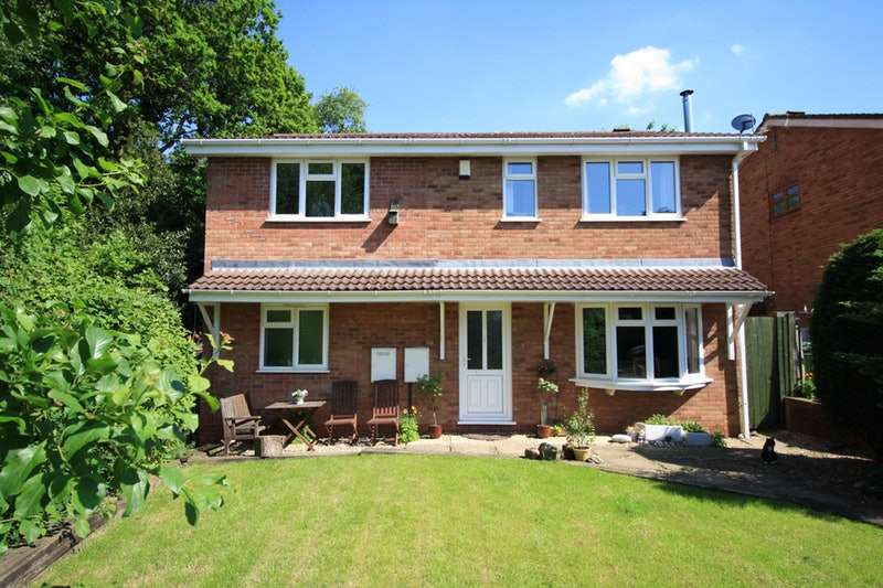 4 Bedrooms Detached House for sale in Greenwood Park, Cannock, Staffordshire, WS12