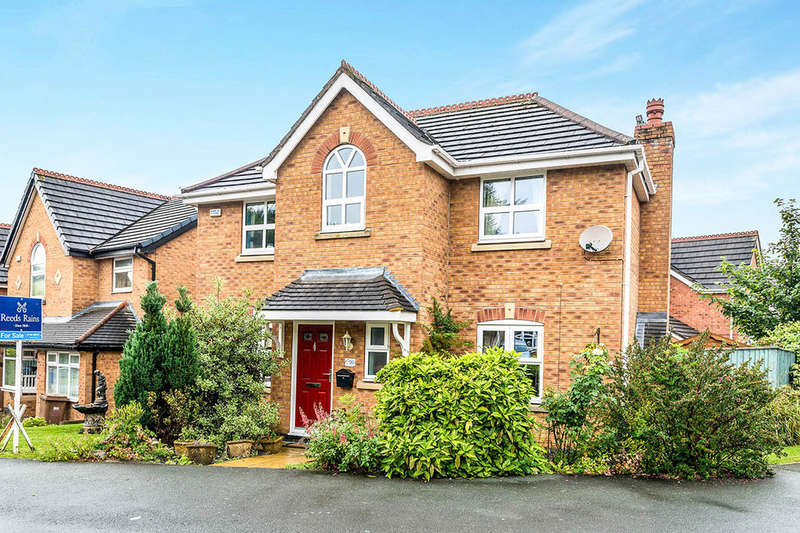4 Bedrooms Detached House for sale in Charolais Crescent, Stoke-On-Trent, ST3