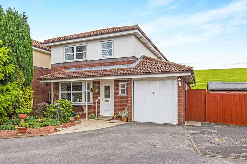 3 Bedrooms Detached House for sale in College Close, Longridge, Preston, PR3