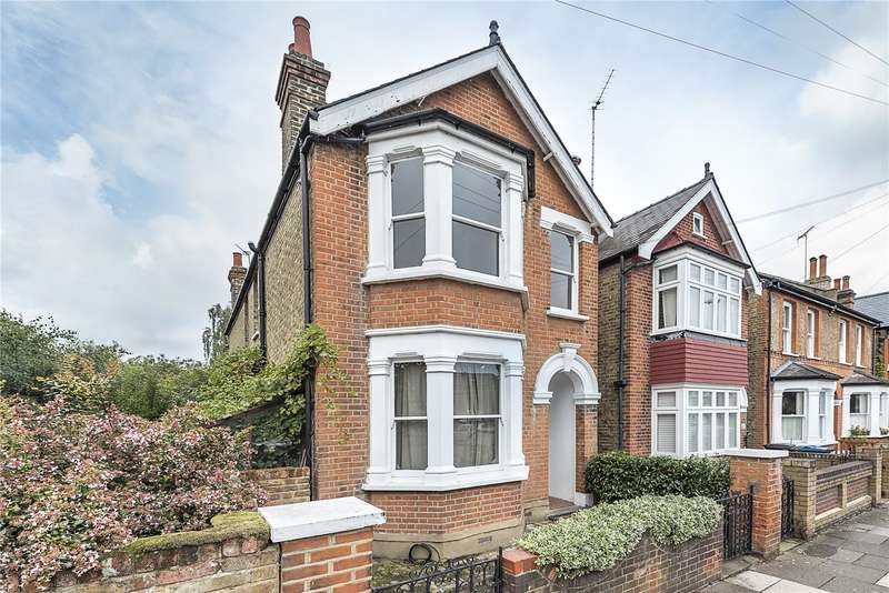 4 Bedrooms Detached House for sale in Burton Road, Kingston upon Thames, KT2