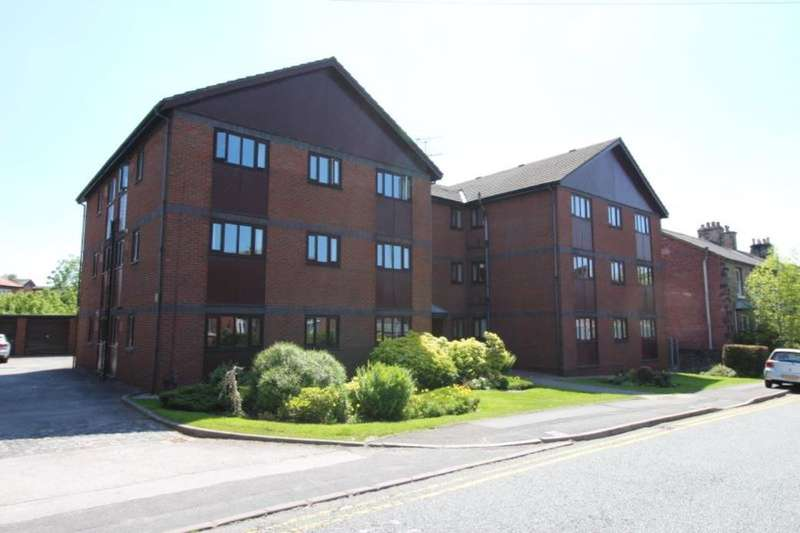2 Bedrooms Flat for sale in Station Road, Marple, Stockport, SK6