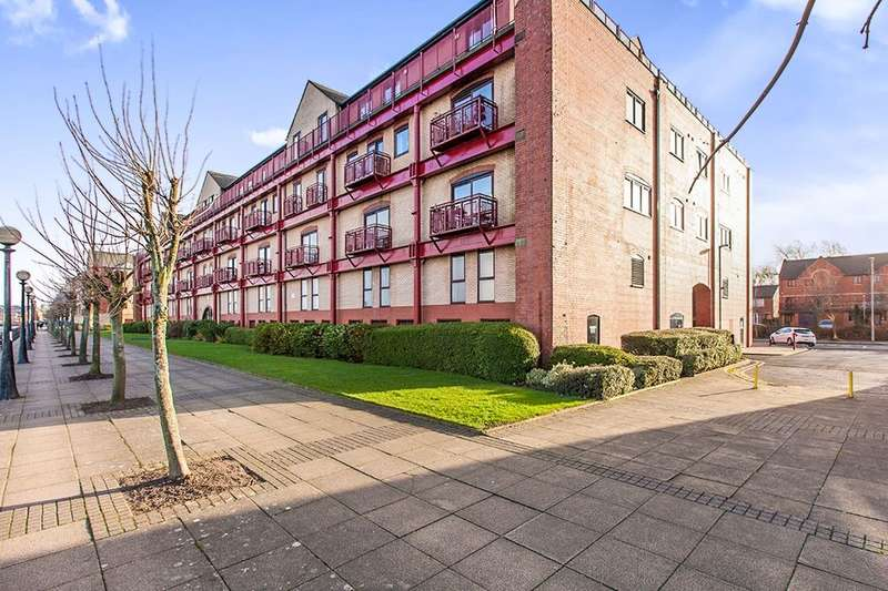 2 Bedrooms Flat for sale in Navigation Way, Ashton-On-Ribble, Preston, PR2