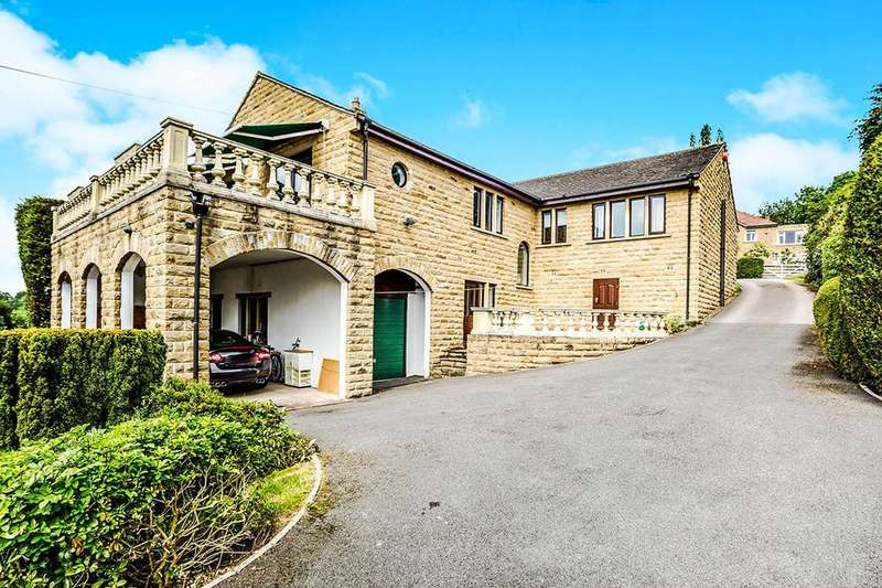 4 Bedrooms Detached House for sale in Woodsome Drive, Fenay Bridge, Huddersfield, HD8