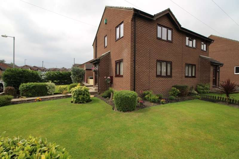 3 Bedrooms Semi Detached House for sale in Buttermere Drive, Dalton, Huddersfield, HD5