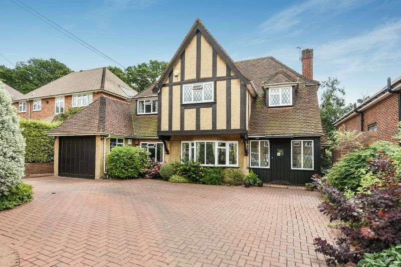 4 Bedrooms Detached House for sale in Wieland Road, Northwood