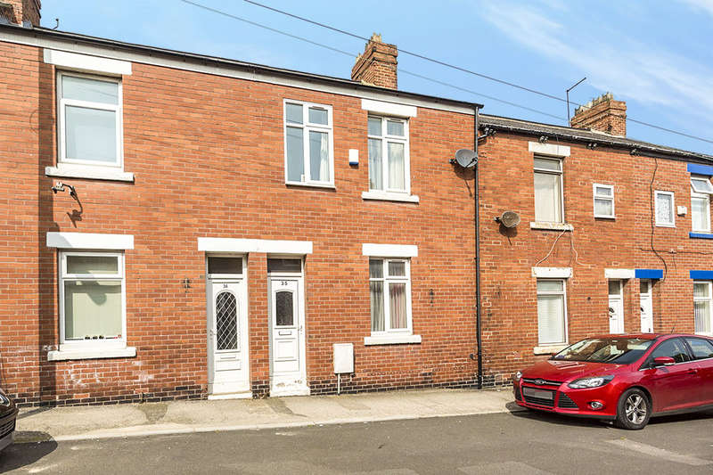 3 Bedrooms Terraced House for sale in Fox Street, SEAHAM, SR7