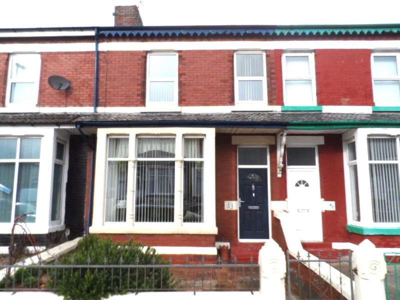 4 Bedrooms Terraced House for sale in Warley Road, Blackpool, FY1 2LL
