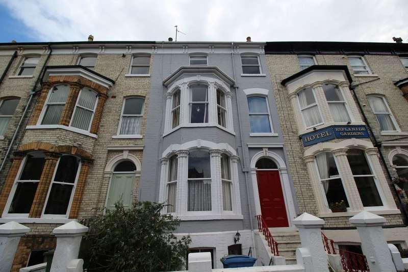 2 Bedrooms Flat for sale in Top Floor Flat Esplanade Gardens, Scarborough, YO11