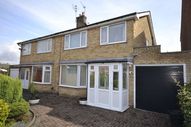 3 Bedrooms Semi Detached House for sale in Sussex Close, York, YO10