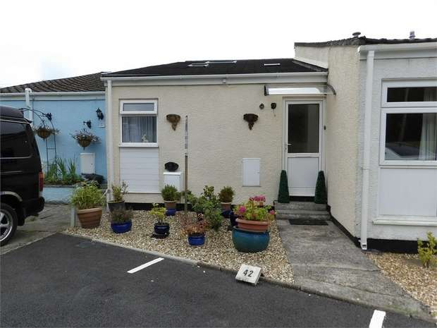 3 Bedrooms Terraced House for sale in Llanteg Park, Llanteg, Narberth, Pembrokeshire