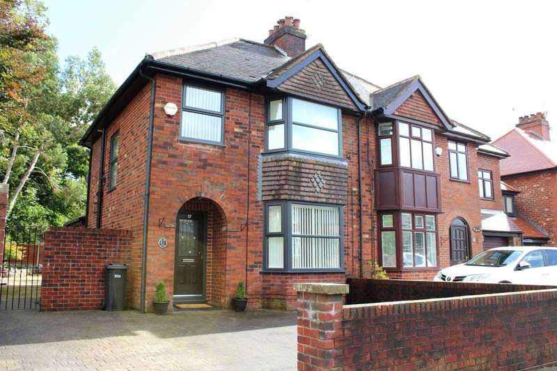 3 Bedrooms Semi Detached House for sale in Fifth Avenue, Heaton