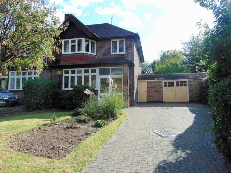 3 Bedrooms Semi Detached House for sale in Croham Valley Road, South Croydon, Surrey, CR2 7JD