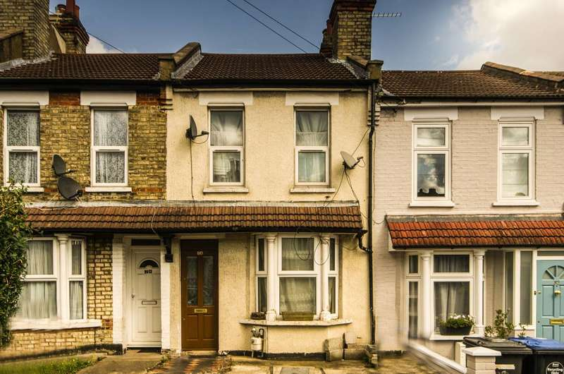 4 Bedrooms House for sale in Rucklidge Avenue, Harlesden, NW10