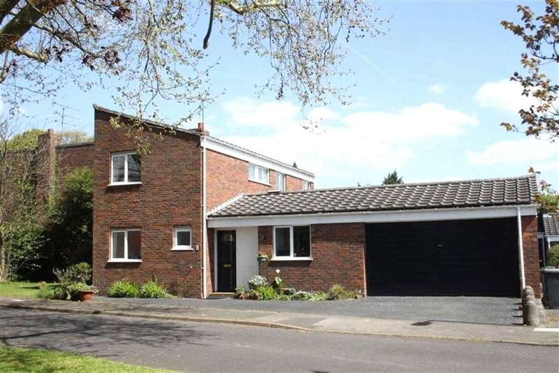 4 Bedrooms Detached House for sale in Turpins Green, Maidenhead, Berkshire, SL6
