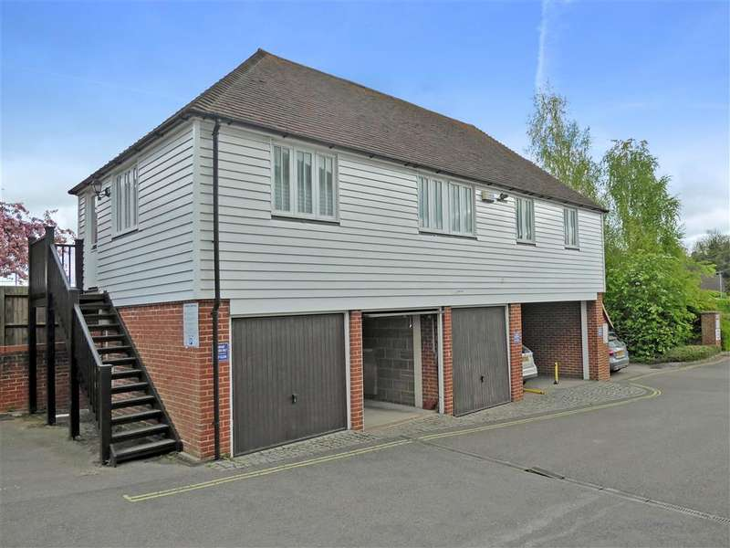 3 Bedrooms Apartment Flat for sale in Station Road West, Canterbury, Kent