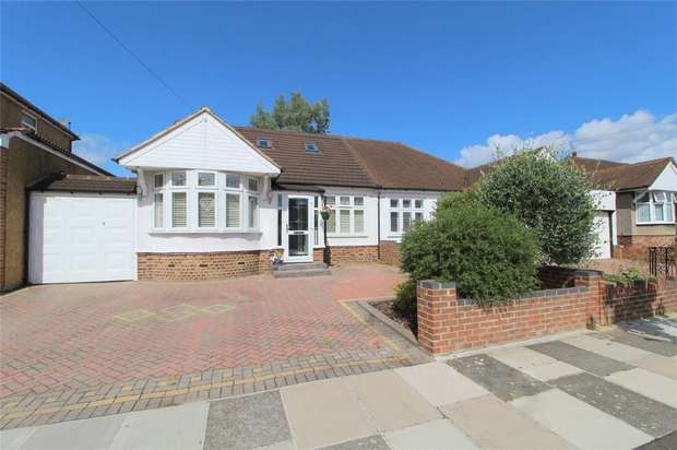 4 Bedrooms Semi Detached House for sale in Albemarle Avenue, Whitton, Middlesex
