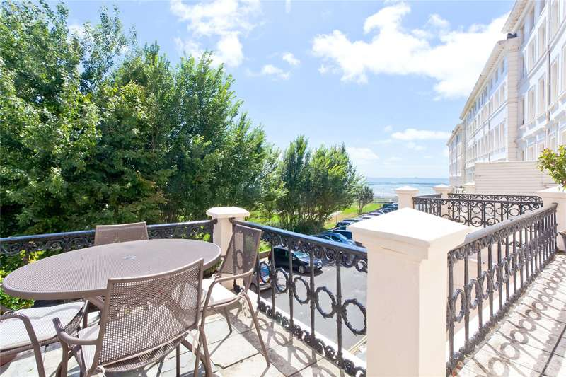 2 Bedrooms Flat for sale in Adelaide Crescent, Hove, East Sussex, BN3