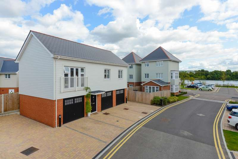 2 Bedrooms Apartment Flat for sale in Ashfield Close, Snodland, ME6