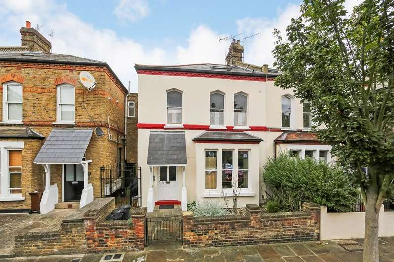 2 Bedrooms Flat for sale in Finsbury Park Road, London N4