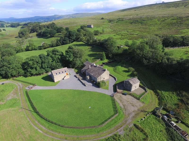 5 Bedrooms Detached House for sale in Mid Mossdale House, Cottage & Land, Nr Appersett, Hawes