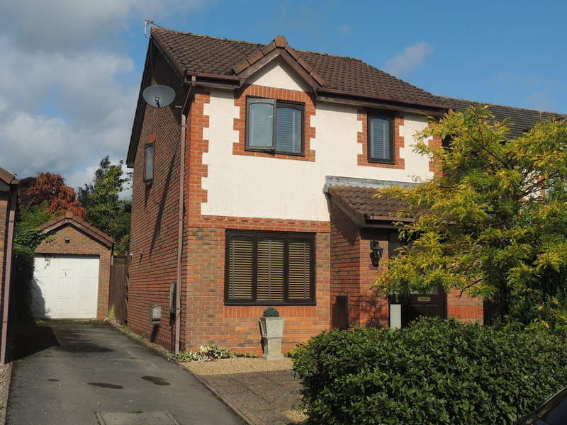 3 Bedrooms Detached House for sale in Barton Drive, Knowle, Solihull