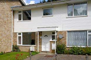 3 Bedrooms End Of Terrace House for sale in Bricklands, Crawley Down, West Sussex
