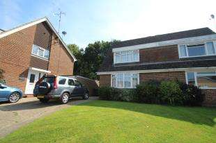 3 Bedrooms Semi Detached House for sale in Hazel Way, Crawley Down, West Sussex
