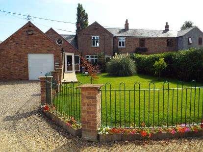 4 Bedrooms Semi Detached House for sale in Friday Bridge, Wisbech, Cambridgeshire