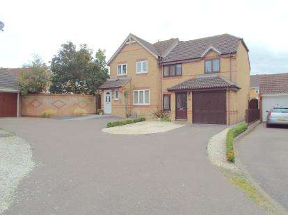 3 Bedrooms Semi Detached House for sale in Horsford, Norwich, Norfolk