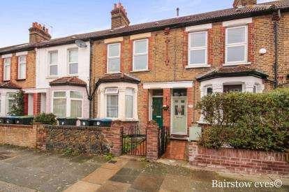 1 Bedroom Flat for sale in Alberta Road (Upper Flat), Enfield, London