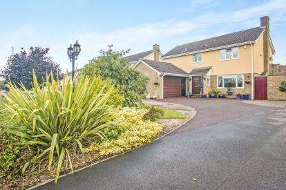 3 Bedrooms Detached House for sale in Bishops Hull, Taunton, Somerset