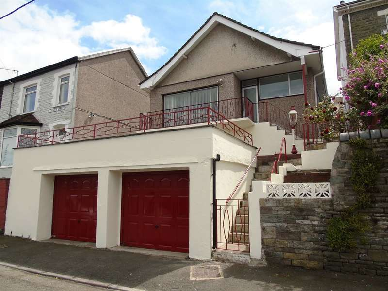 3 Bedrooms Detached Bungalow for sale in St Johns Street, Porth