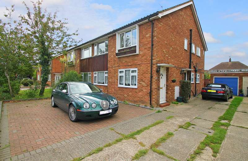 2 Bedrooms Maisonette Flat for sale in Conway Drive, Ashford, TW15