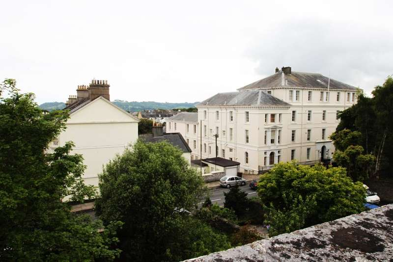 2 Bedrooms Maisonette Flat for sale in Stoke, Plymouth
