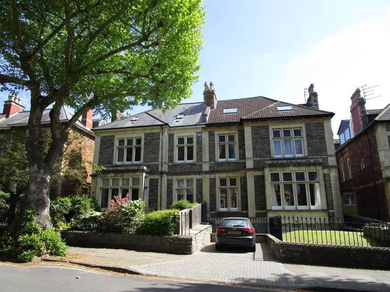 3 Bedrooms Apartment Flat for rent in St Johns Road, First Floor Flat