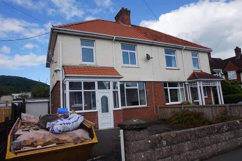 3 Bedrooms Semi Detached House for sale in Park Crescent, Abergavenny, NP7