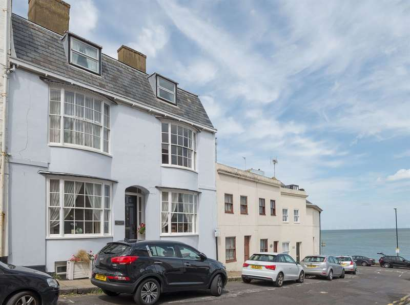 6 Bedrooms Terraced House for sale in East Street, Herne Bay