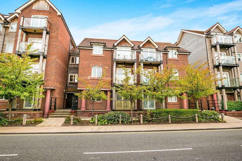 2 Bedrooms Flat for sale in The Wharf New Crane Street, Chester, CH1
