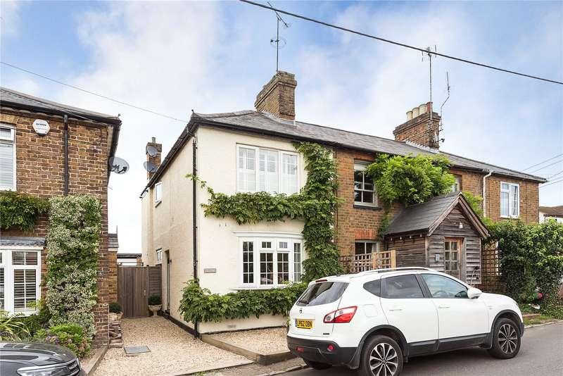 2 Bedrooms Terraced House for sale in Hayward Place, Hedsor Road, Bourne End, Buckinghamshire, SL8