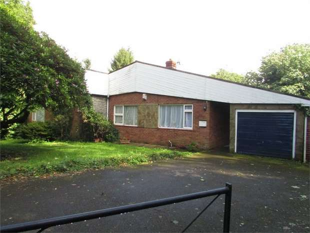 3 Bedrooms Detached Bungalow for sale in Dyffryn, Dyffryn, Neath, West Glamorgan