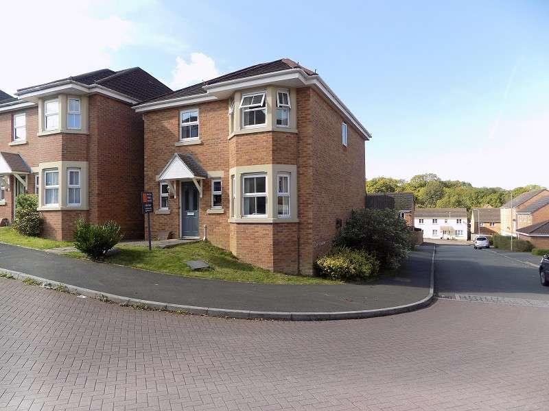 4 Bedrooms Detached House for sale in Underwood Place, Brackla, Bridgend. CF31 2LS