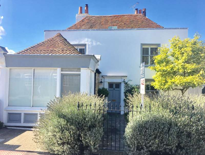 4 Bedrooms Detached House for sale in Canterbury Road, Whitstable, CT5