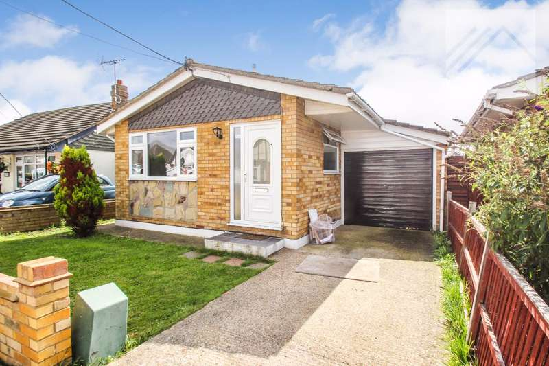 1 Bedroom Bungalow for sale in Letzen Road, Canvey Island - MOVE STRAIGHT IN